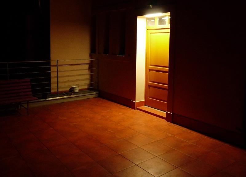 osvětlení dveří na terase