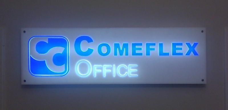 Commeflex logo - levné řešení