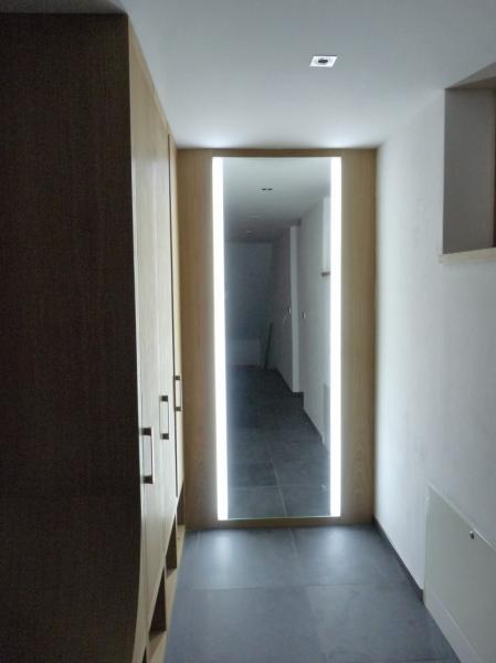 podsvětlení zrcadla - osvětlení chodby